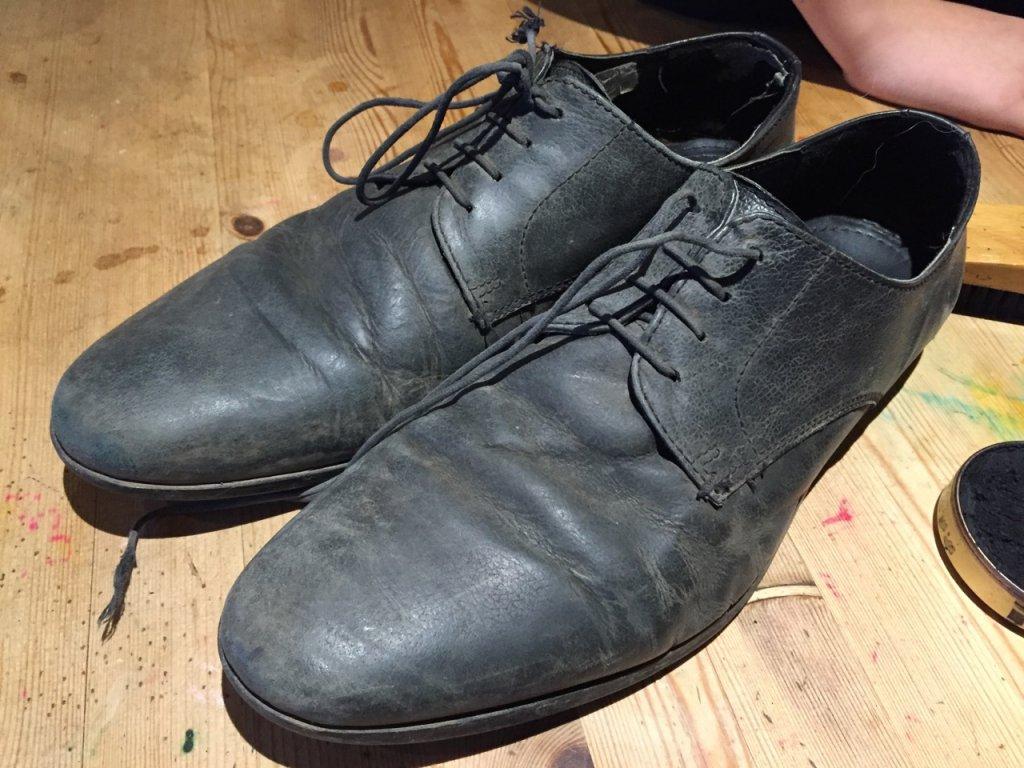 Unshone shoes