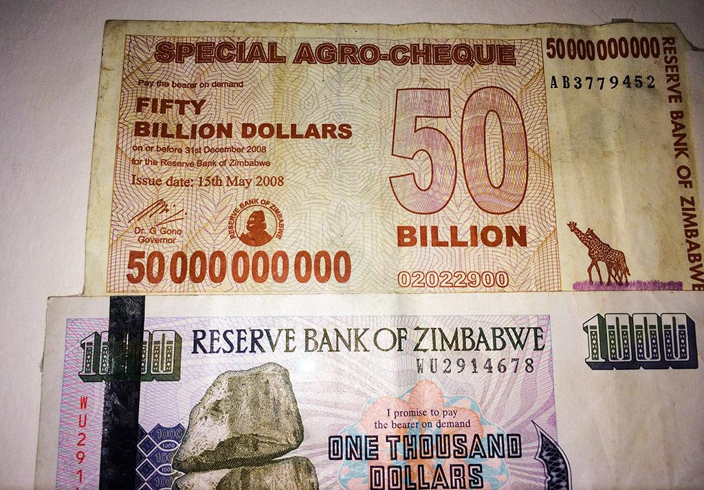 Billion dollar banknote